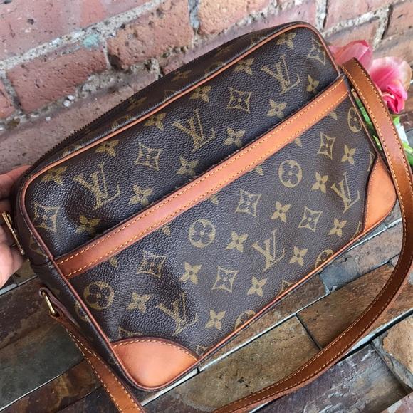 Louis Vuitton Handbags - 🌟authentic louis vuitton